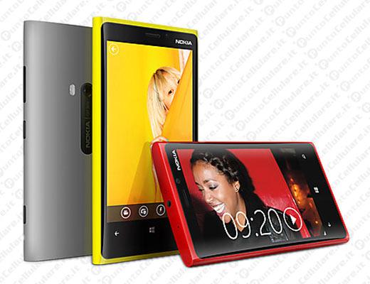 Nokia Lumia 920 - 820