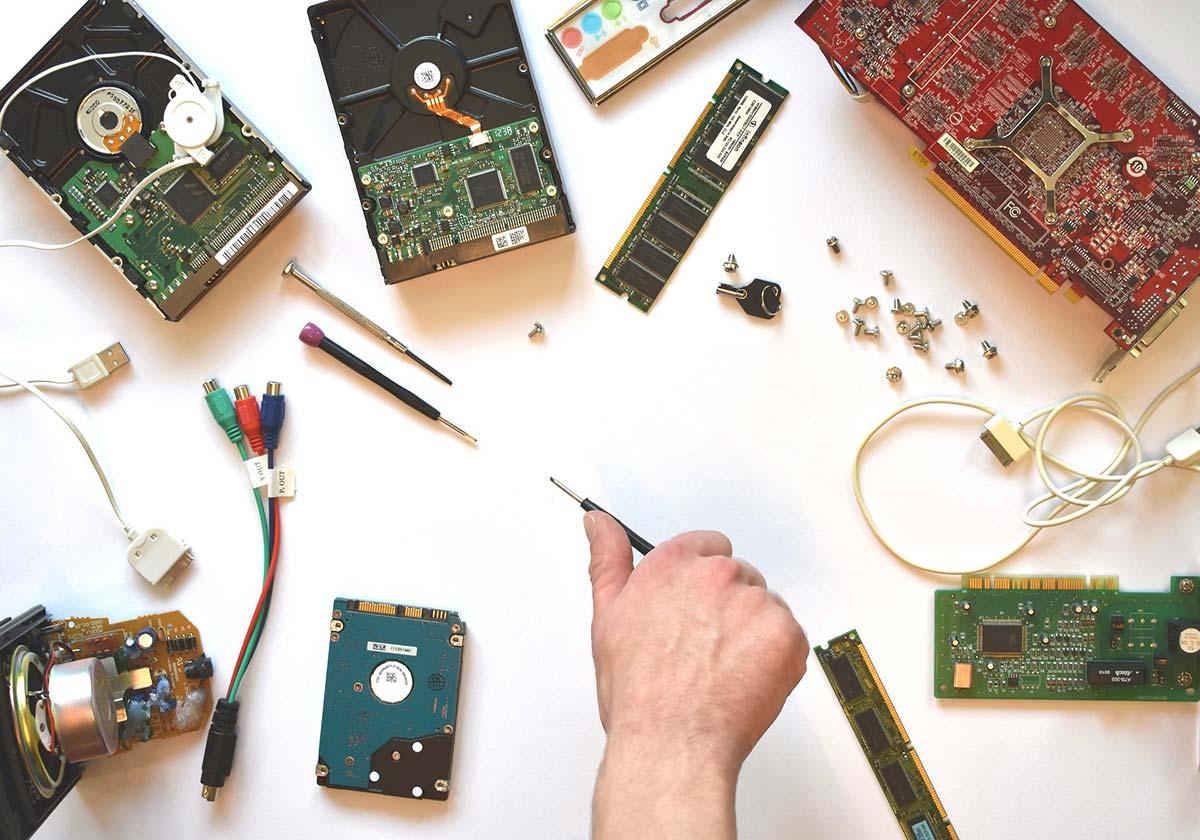 assistenza pc riparazione componenti computer